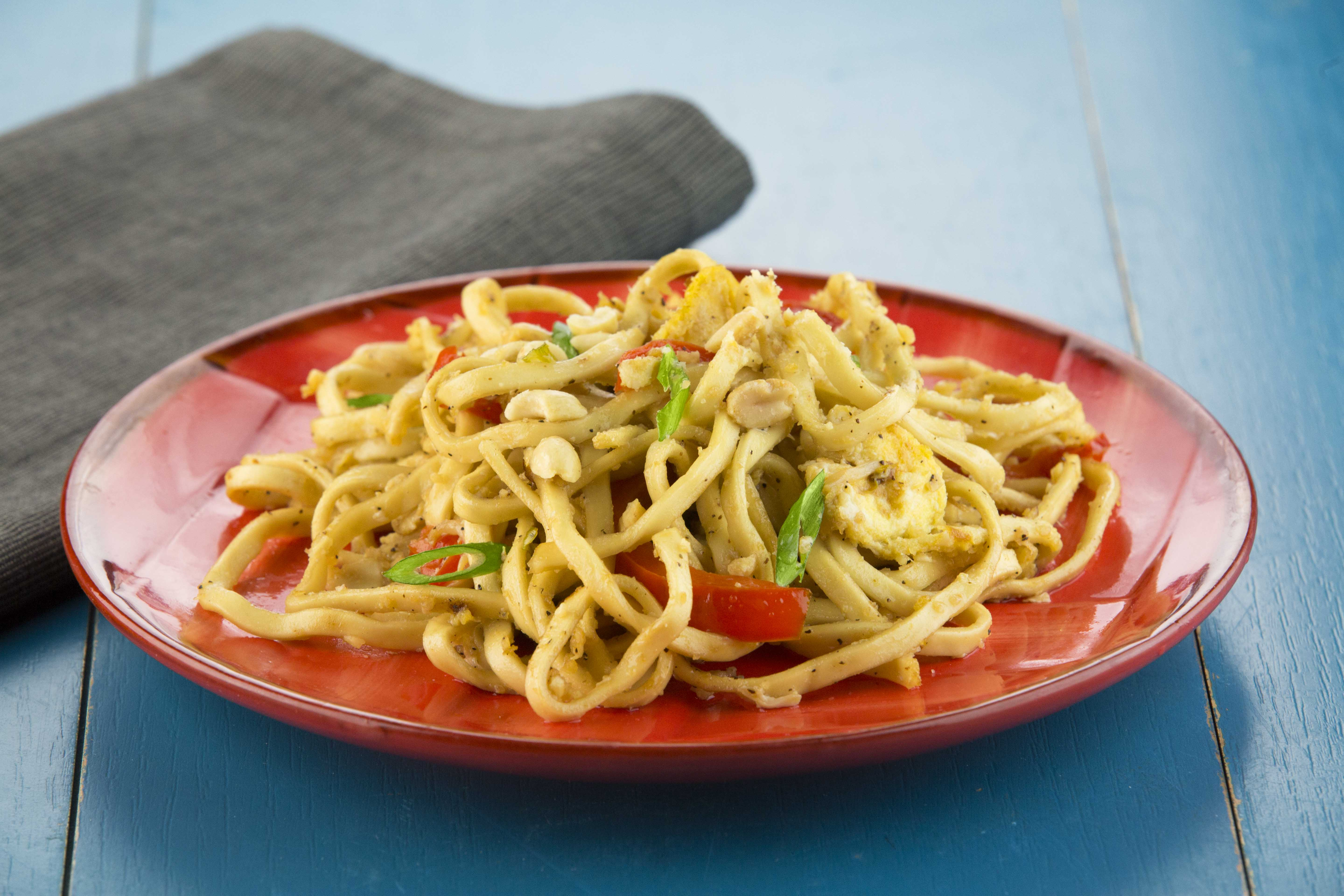 PadThaiwithLoMeinNoodles-1